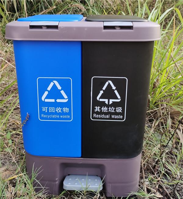 20L120升塑料垃圾桶